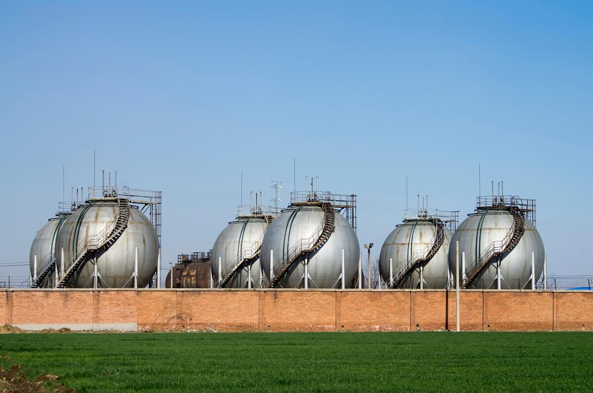 refinery-contractors